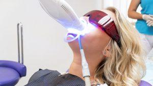 отбеливание зубов зум4
